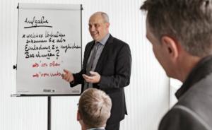 Berateralltag Projektmanagement Feldbruegge